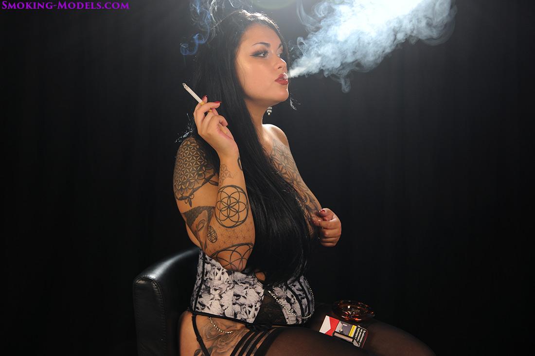 Asha chain smoking all white 100s menthol cigarettes 4